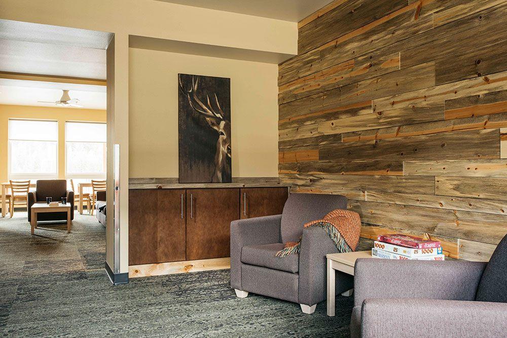 Yellowstone Paintbrush Lodge Government Flooring